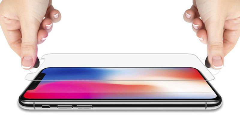 Cienkie i lekkie etui Spigen Thin Fit iPhone Xs Max w zestawie z dedykowanym szkłem Spigen