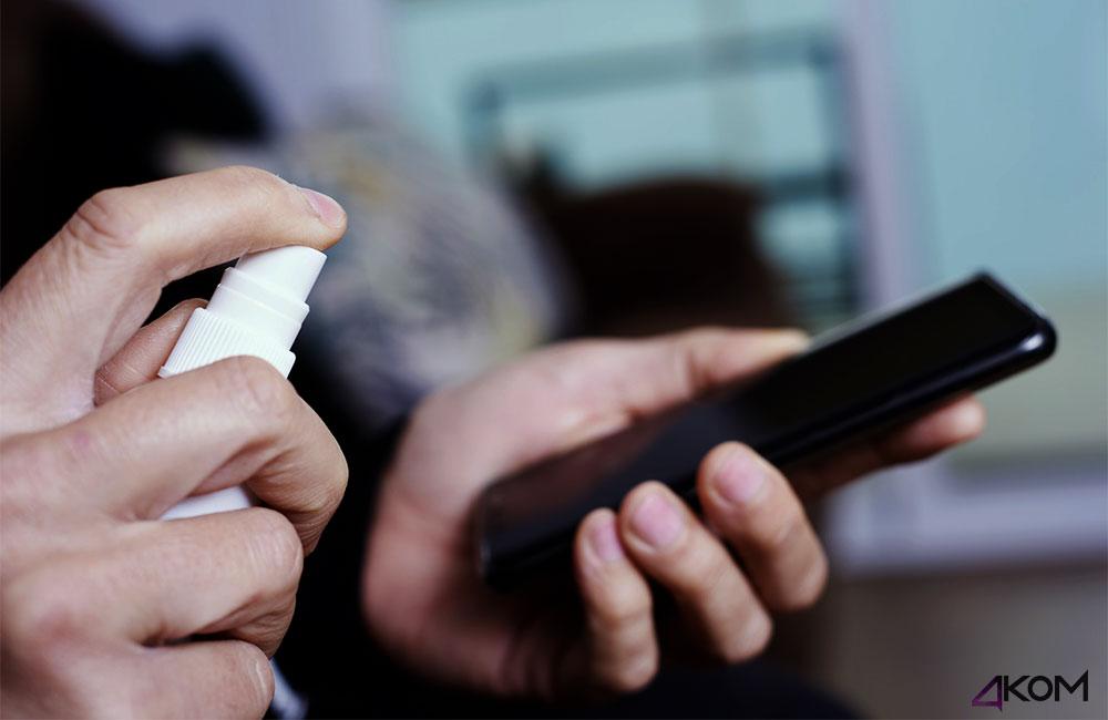 Dezynfekować etui na telefon przed koronawirusem