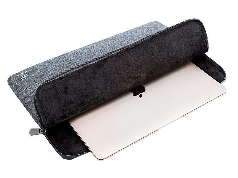 Etui i pokrowce na MacBooka